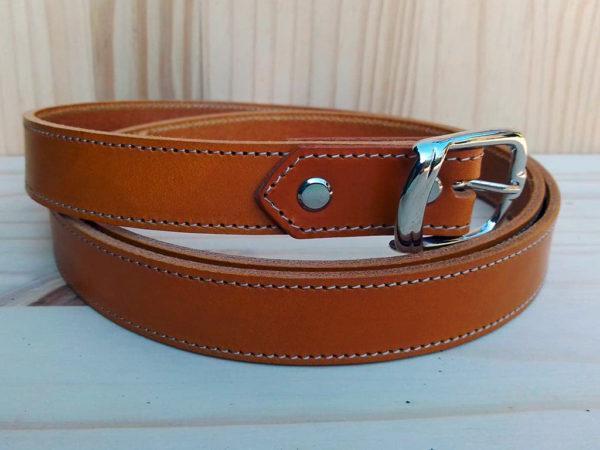 ceinture en cuir safran piquée de 2,5 cm de largeur