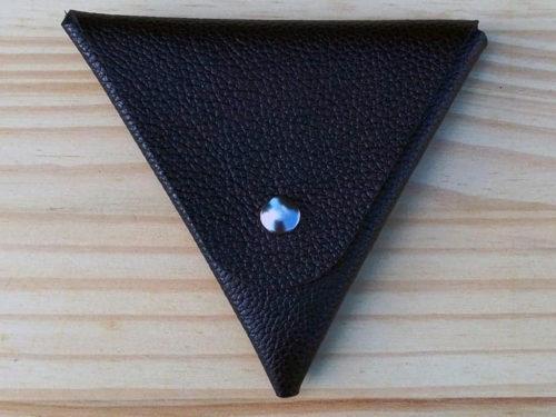 porte monnaie triangle en cuir noir