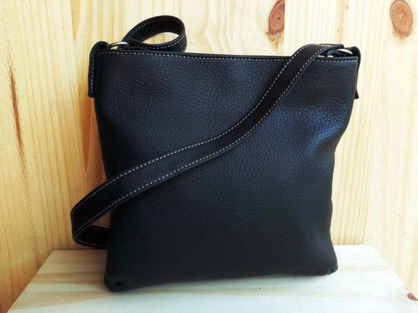 sac MinaZYa en cuir noir dos