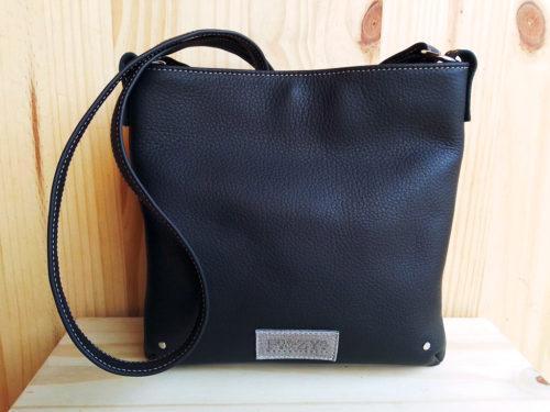 sac MinaZYa en cuir noir face avant