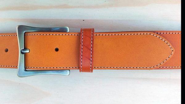 ceinture en cuir safran de 4 cm de largeur